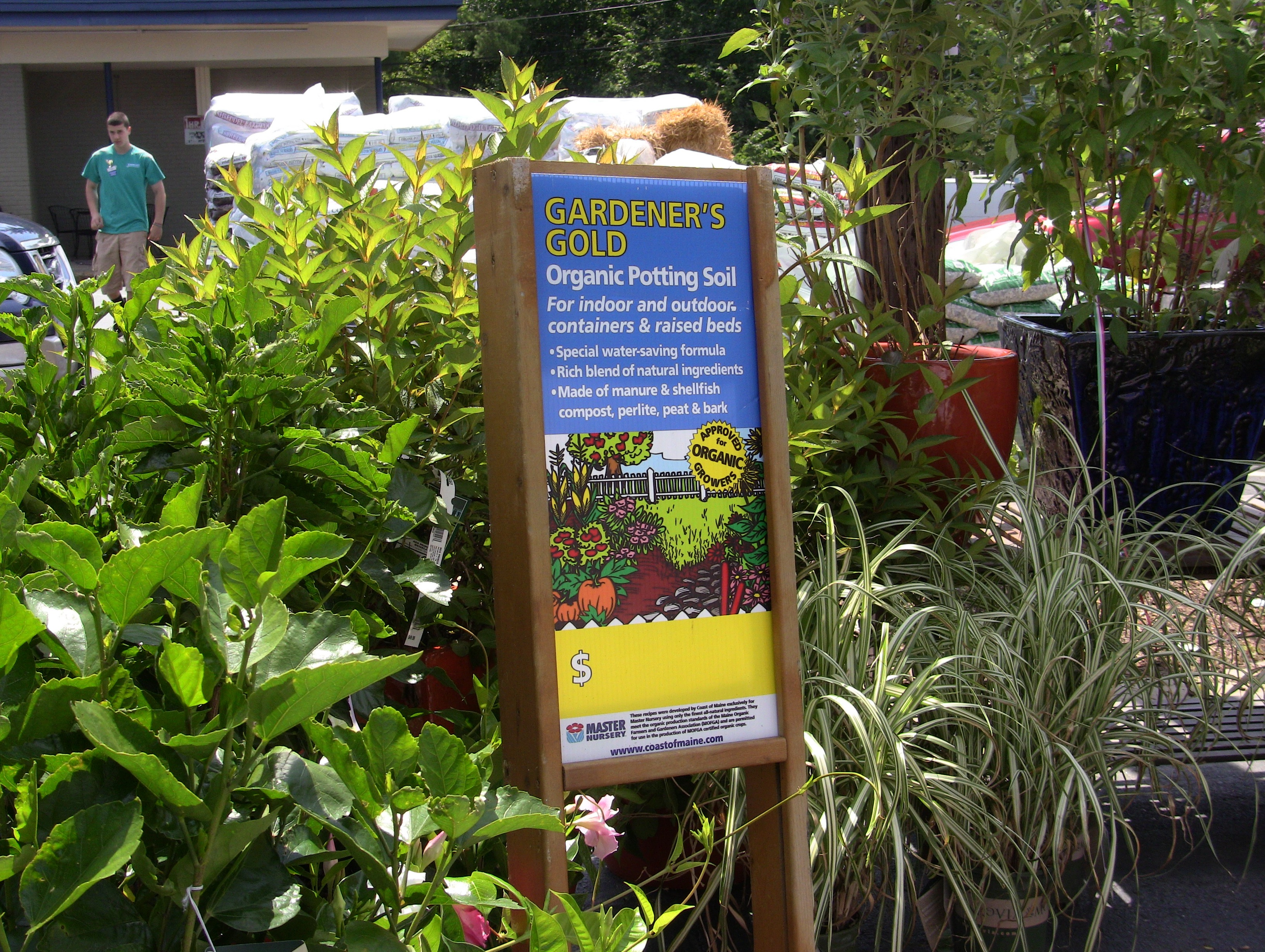 Pallet Signs For Master Nursery Garden Centers